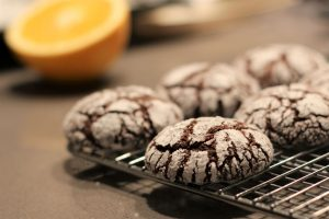Holiday Chocolate Crinkles