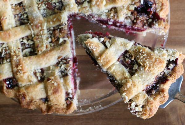Blue Ribbon Winning Triple Berry Apple Streusel Pie