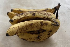 Perfectly Ripe Bananas for Banana Bread